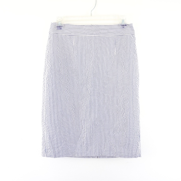 Banana Republic Dresses & Skirts - Banana Republic Blue White Stripe Seersucker Skirt
